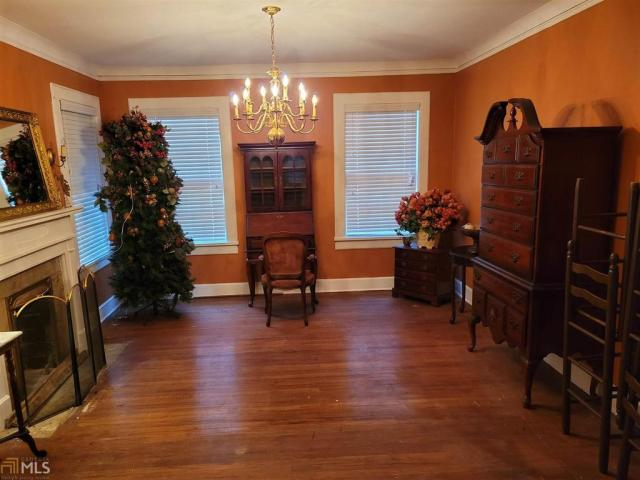 Living room featured at 1346 Winton Ave, Macon, GA 31204