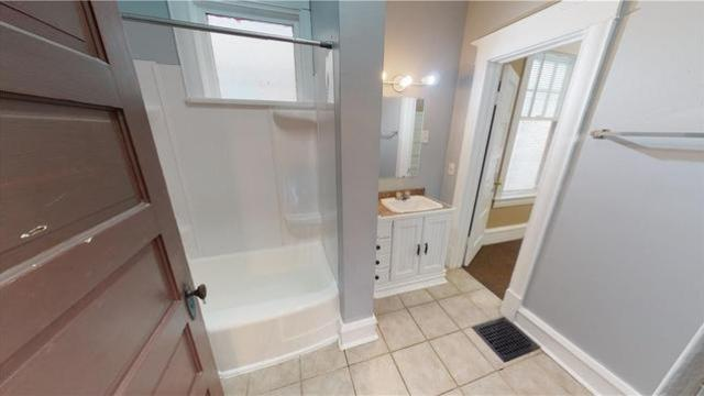Bathroom featured at 1044 W Main St, Decatur, IL 62522