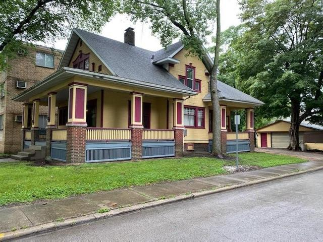 House view featured at 1044 W Main St, Decatur, IL 62522