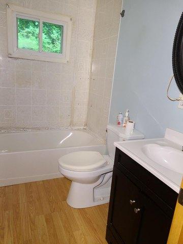 Bathroom featured at 169 Doe Branch Rd, Haysi, VA 24256