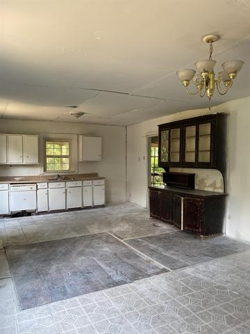 Living room featured at 514 W Robinson St, Gaffney, SC 29341