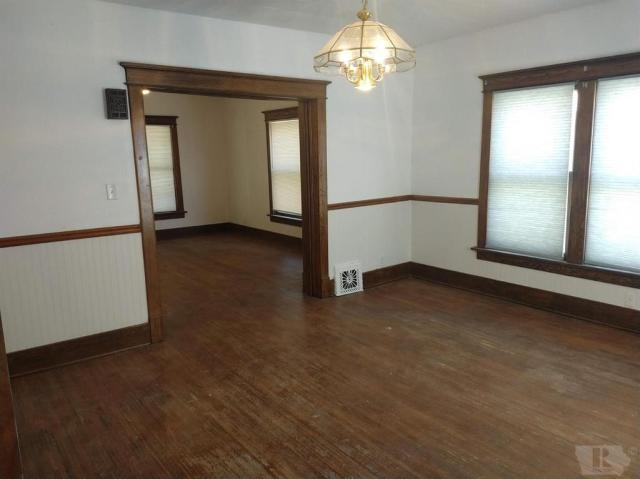 Dining room featured at 108 E Grimes St, Red Oak, IA 51566