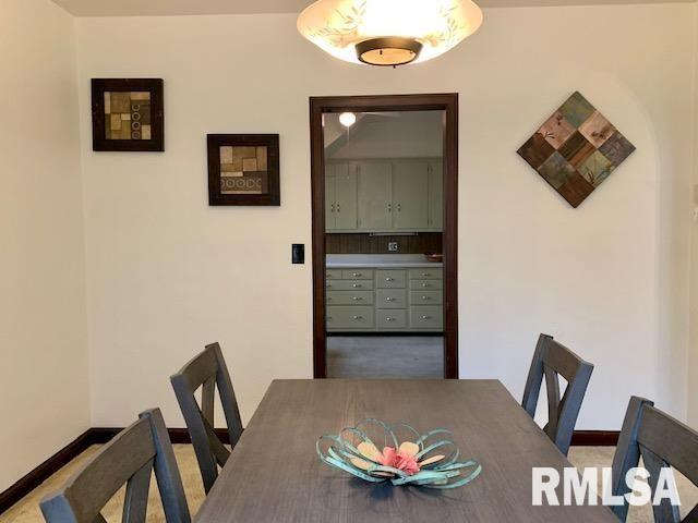Dining room featured at 1216 8th Ave S, Clinton, IA 52732