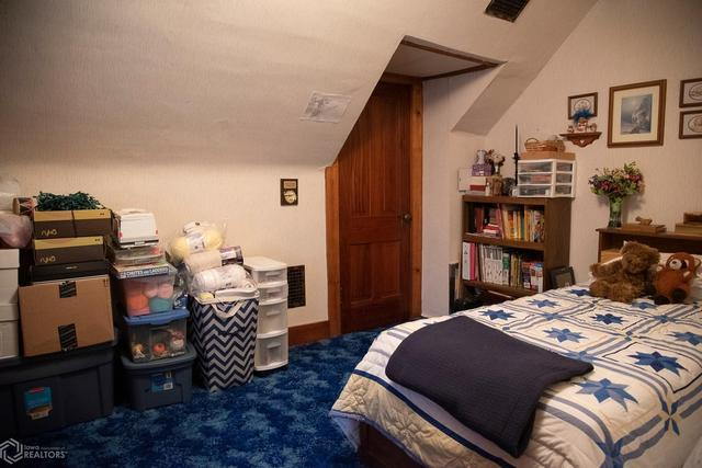 Bedroom featured at 530 Crawford St, Warsaw, IL 62379