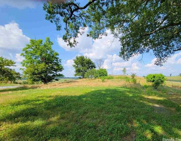 Farm land featured at 837 Polk Road 1, Grannis, AR 71944
