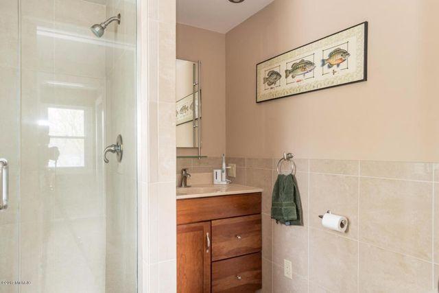 Bathroom Tile Kalamazoo Brightpulse Us