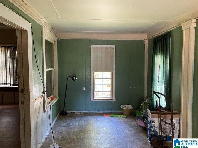 Bedroom featured at 1118 Foster Ave, Gadsden, AL 35901