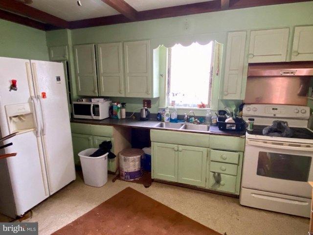 Kitchen featured at 1844 Schwaben Creek Rd, Rebuck, PA 17867