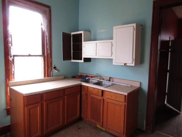 Kitchen featured at 855 S Jackson St, Frankfort, IN 46041
