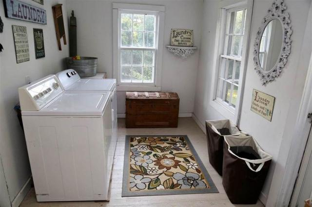 Laundry room featured at 2354 Beech Bluff Rd, Jackson, TN 38301