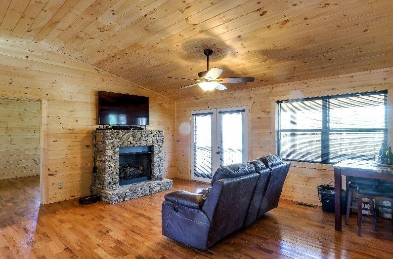 Really Cheap Floors  best 25 inexpensive flooring ideas on