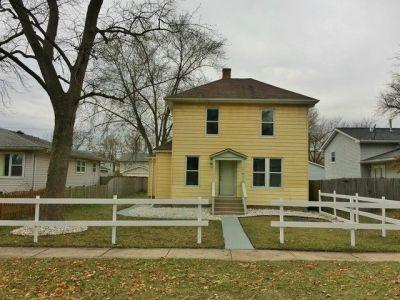 2406 Gilead Ave, Zion, IL 60099 - realtor.com®