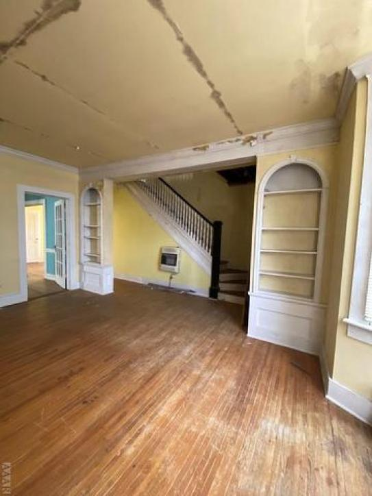 Property featured at 735 Riverside Ave, Elizabeth City, NC 27909