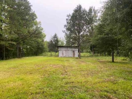Yard featured at 31 County Road 267, Bruce, MS 38915