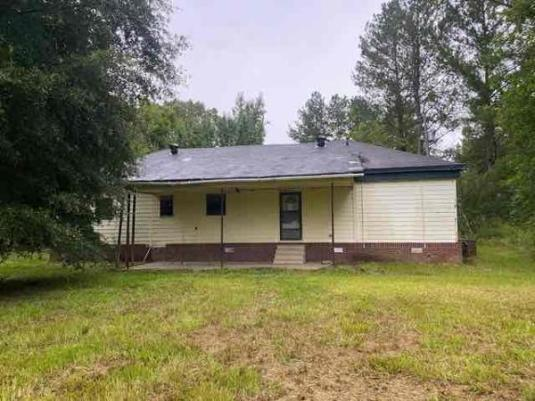 House view featured at 31 County Road 267, Bruce, MS 38915