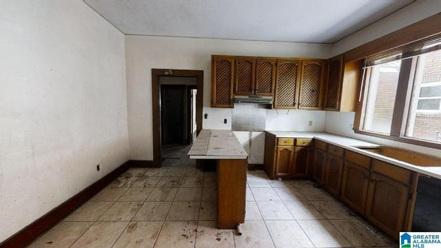 Kitchen featured at 1523 Berkley Ave, Bessemer, AL 35020