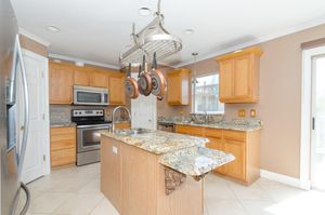 159 Massini Ave Nw, Palm Bay, FL 32907 - Kitchen