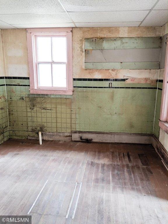 Bathroom featured at 407 W Alden St, Arlington, MN 55307