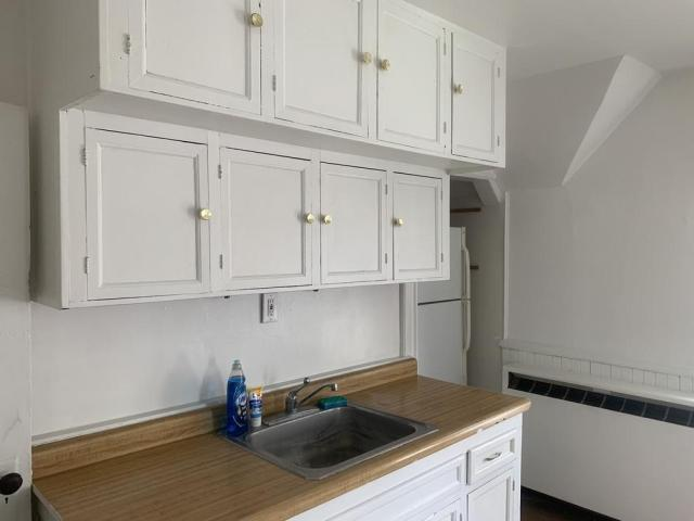 Kitchen featured at 329 S Prospect St, Rockford, IL 61104