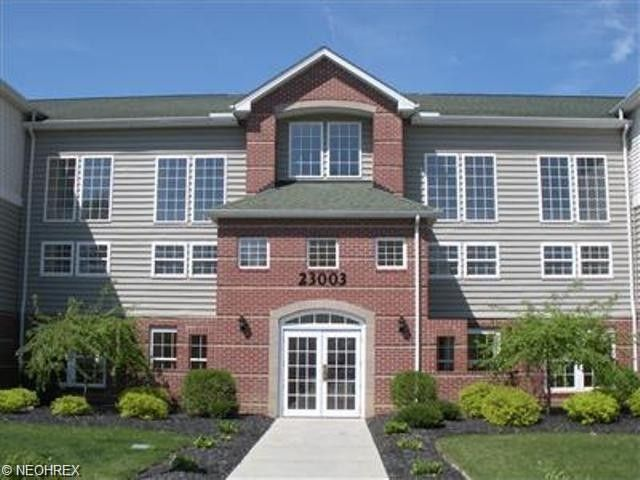 23003 Chandlers Ln Apt 342 Olmsted Falls OH 44138