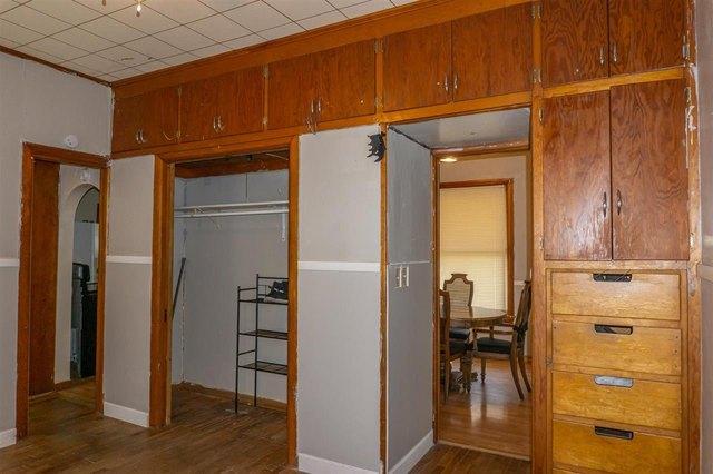 Kitchen featured at 314 S Broadway St, Herington, KS 67449