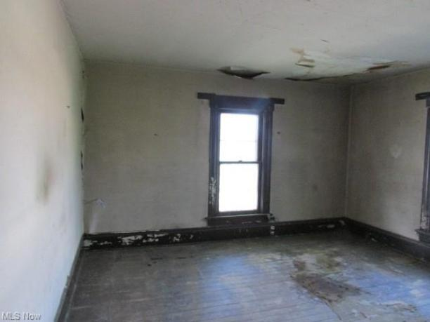 Property featured at 639 Park Ave SW, Canton, OH 44706