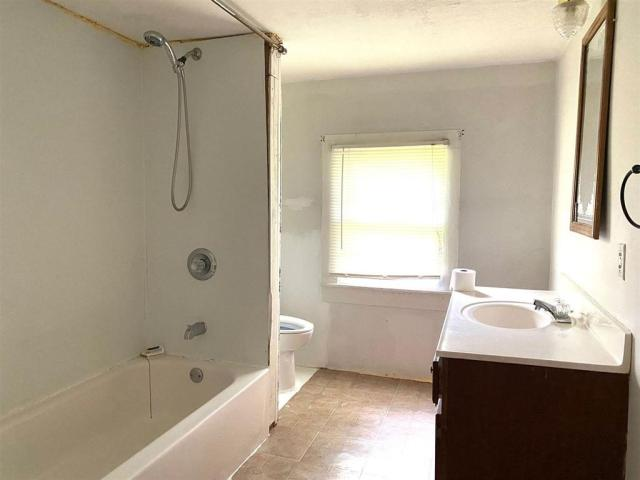 Bathroom featured at 40 Rc Mathews Rd, Humboldt, TN 38343