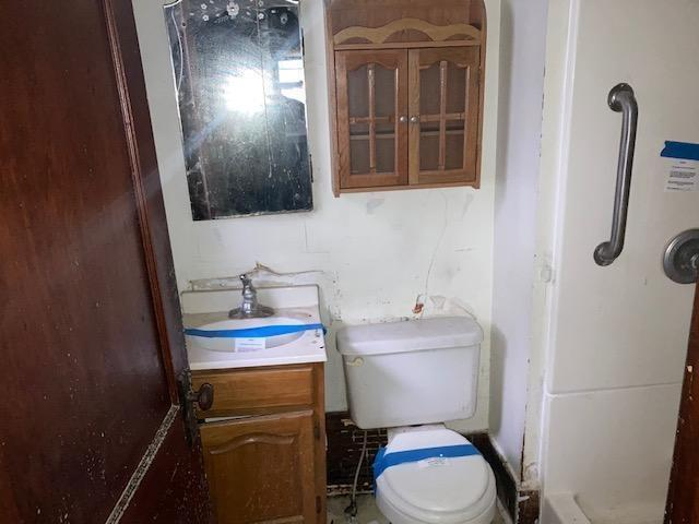 Bathroom featured at 409 Walnut St SW, Sleepy Eye, MN 56085