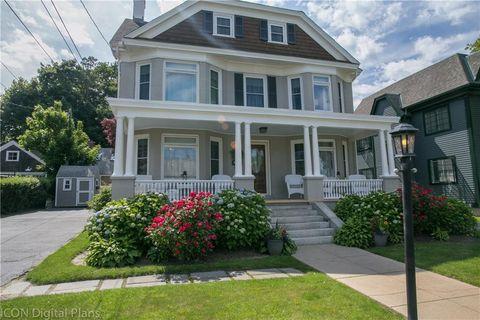 Photo of 89 Roseneath Ave, Newport, RI 02840