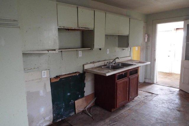 Kitchen featured at 10008 Atlantic Rd, Atlantic, VA 23303