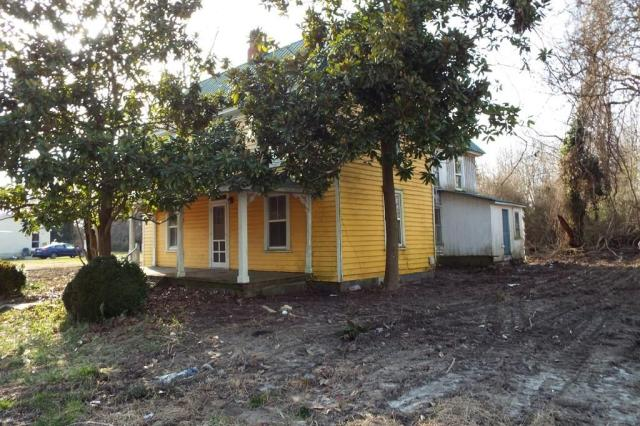 House view featured at 10008 Atlantic Rd, Atlantic, VA 23303