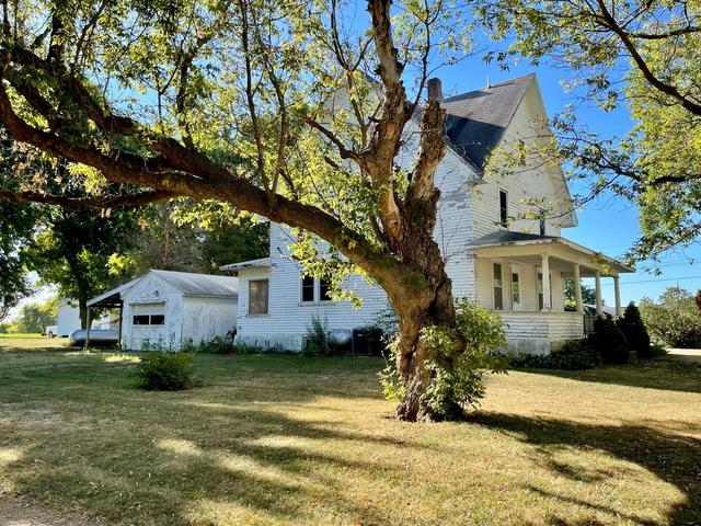 House view featured at 115 N Oak St, Wanda, MN 56294