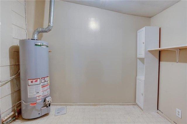 Bathroom featured at 501 W Pierce St, Mangum, OK 73554