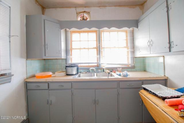 Laundry room featured at 1323 Maple St, Rocky Mount, NC 27803