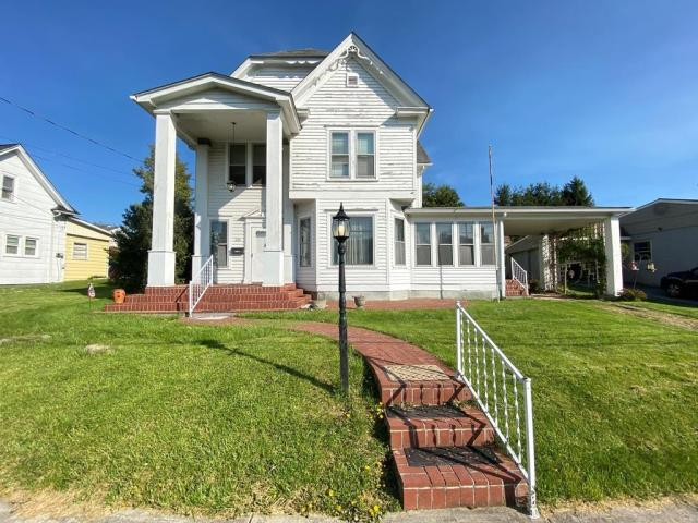 House view featured at 1105 S 9th St, Princeton, WV 24740