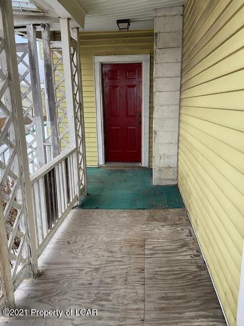 Porch featured at 409 S Hanover St, Nanticoke, PA 18634