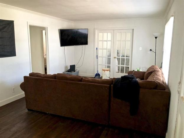 Living room featured at 3958 Guyton St, Macon, GA 31206