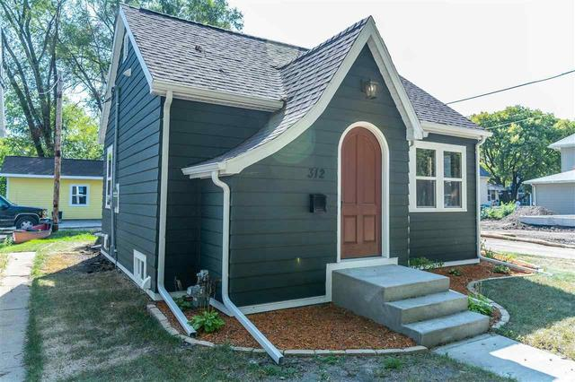 Porch featured at 312 Clay St, Waterloo, IA 50703