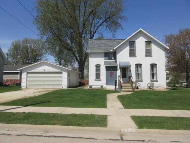 House view featured at 612 E 9th St, Sterling, IL 61081