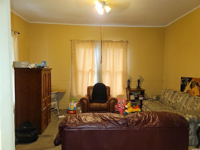 Living room featured at 2218 S Chestnut St, Pine Bluff, AR 71601