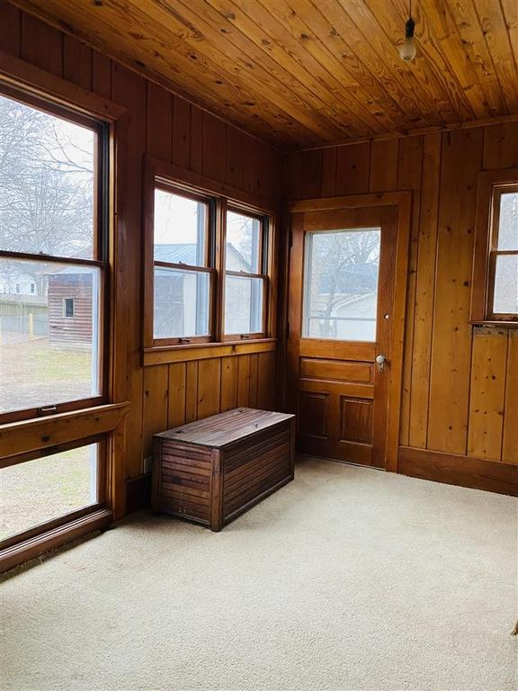 Bedroom featured at 712 S College St, Trenton, TN 38382