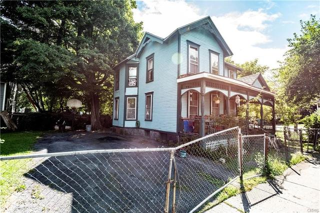 House view featured at 205 Barrett St, Syracuse, NY 13204