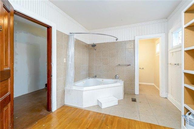 Bathroom featured at 700 Prairie St, Guthrie Center, IA 50115