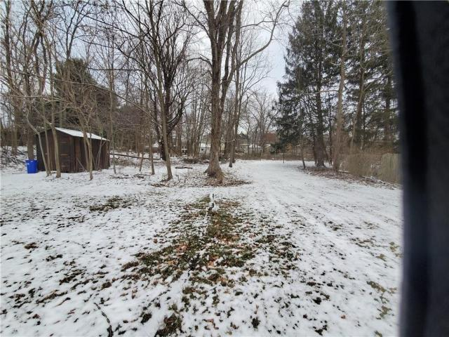 Farm land featured at 415 E Moody Ave, New Castle, PA 16105