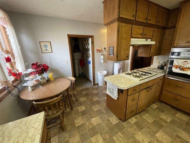 Kitchen featured at 715 5th St, Humboldt, NE 68376