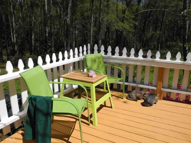 Porch featured at 184 Cato St, Manchester, GA 31816