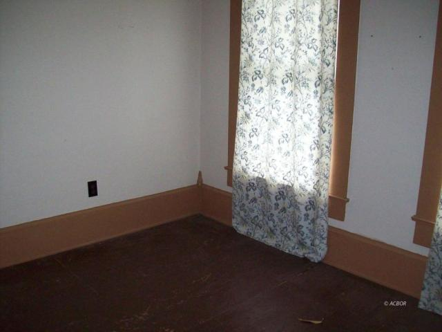 Bedroom featured at 372 Main St, Rutland, OH 45775
