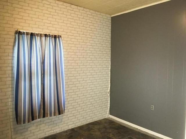 Bedroom featured at 1031 Monroe St, Great Bend, KS 67530