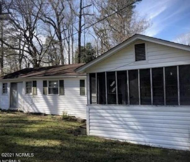House view featured at 954 Horne Rd, Pendleton, NC 27862