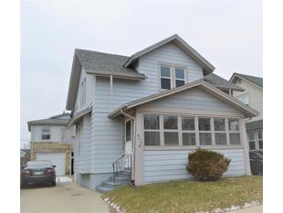 "<div></img>602 Hayes Ave</div><div>Racine, Wisconsin 53405</div>"" data-original=""/img/cdn/assets/layout/patch_white_bg.jpg"" data-recalc-dims=""1″></a></figure><div class="